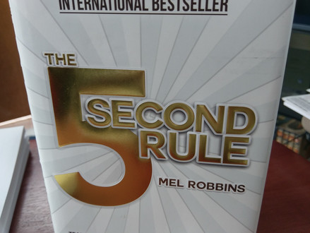 The Five Second Rule: Mel Robbins' Simple But Effective Way of Making You Move