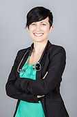 Dr Kerri Dow, naturopathic doctor and acupuncturist