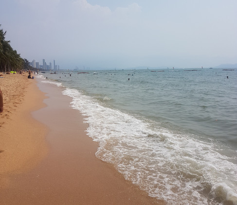 Gay beach  - Pattaya!