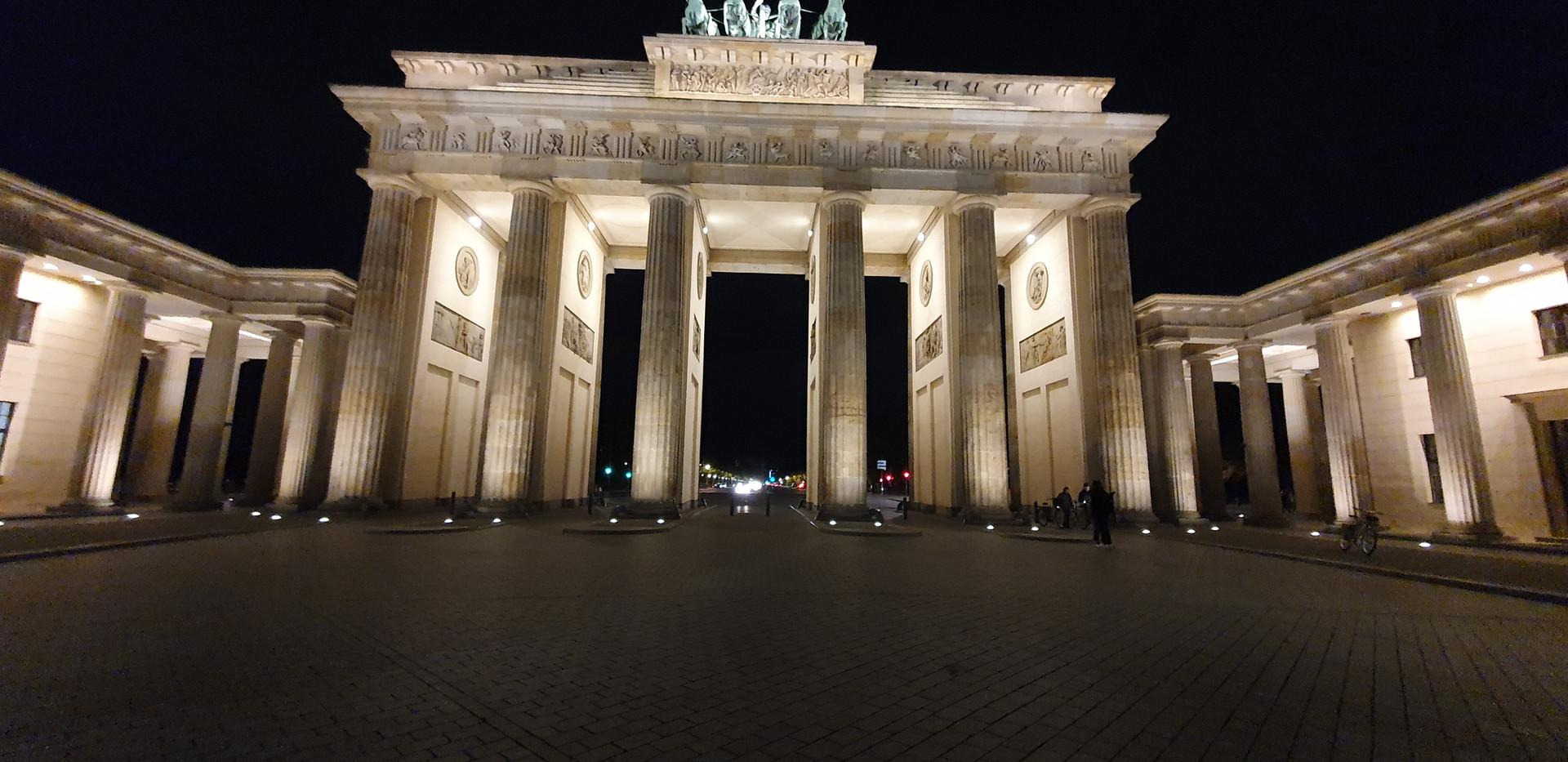 Brandenburger Tor at Night!