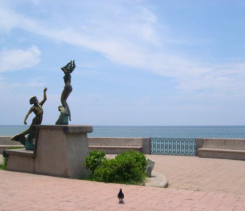 mexico-puerto-vallarta-gay-holidays