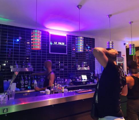 Gay Bar - Le Pulse