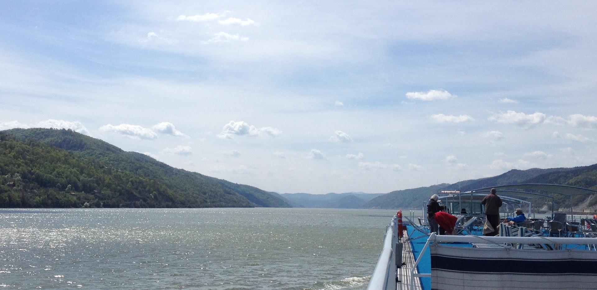 Gay river cruise !