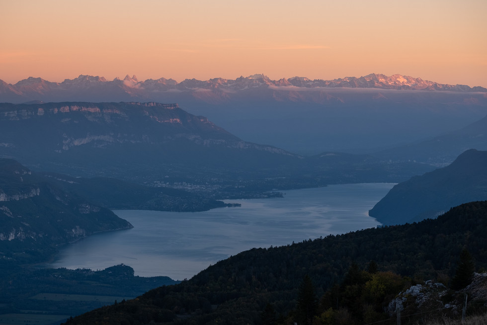 Evening view on Lac Bourget