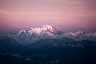 Blue hour view on Mont Blanc