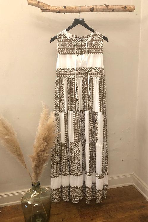 Kori weisses Baumwoll-Maxi-Kleid mit kaki Stickerei
