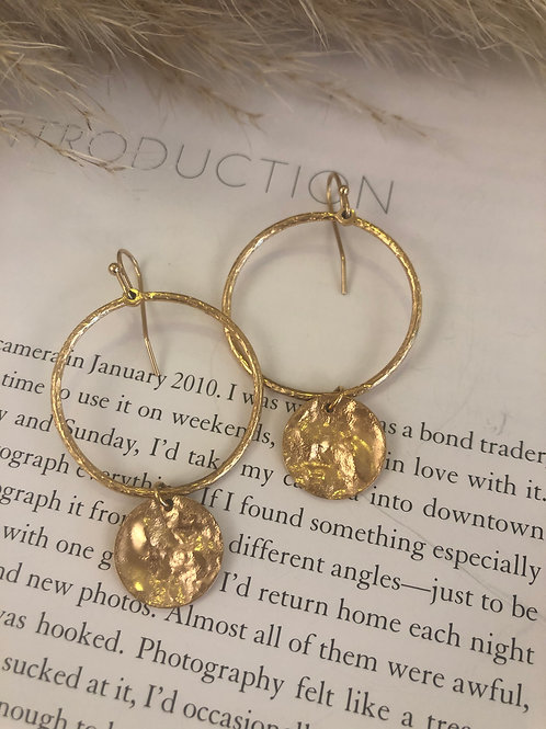 Goldene Ohrrings Hoop with Plaquette