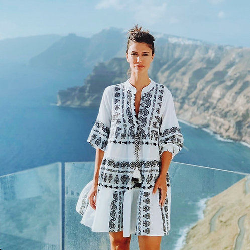 Nema Baumwoll-Kleid mit schwarzer Stickerei