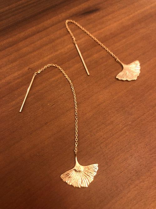 Ohrkette 'Ginkgoblatt' gold