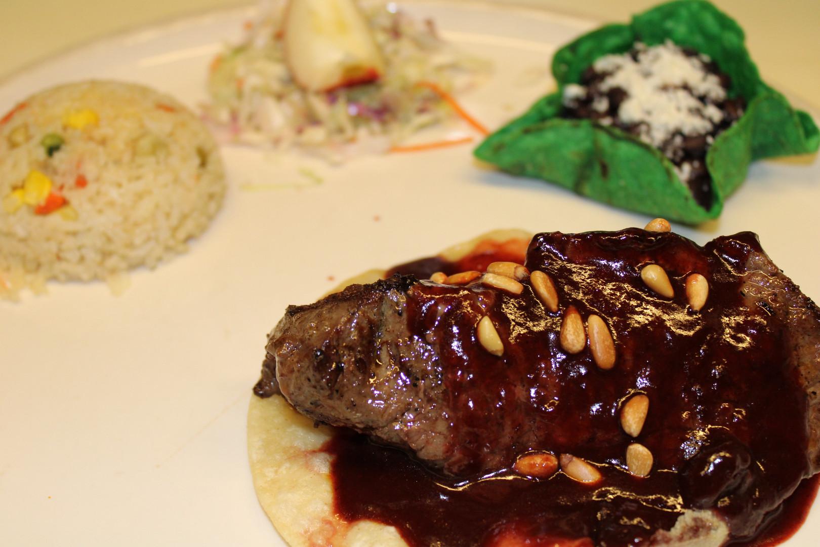 Steak Lola.JPG