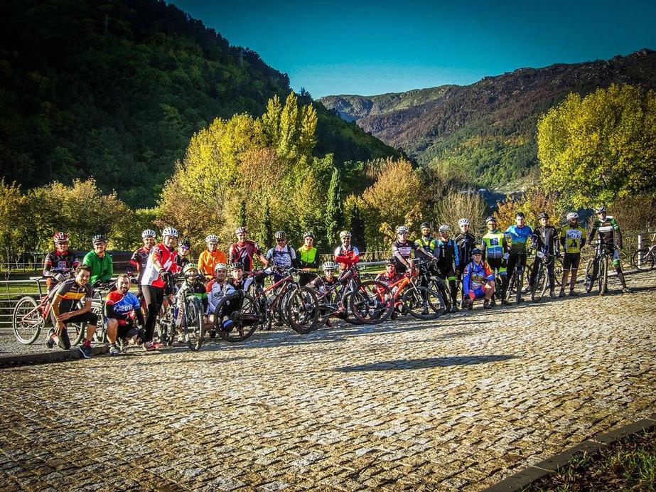 Bike Studio Pelas Cores de Outono