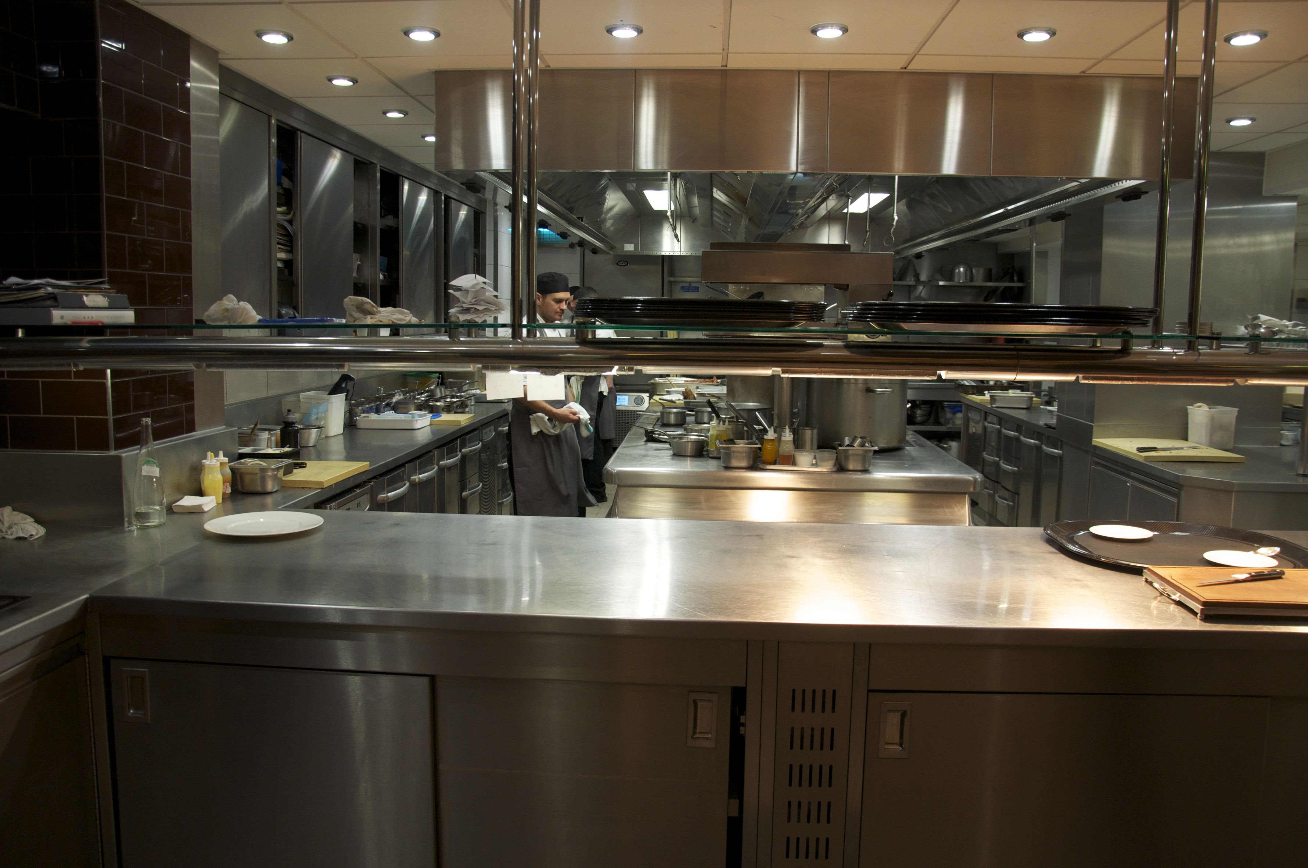Modern Restaurant Kitchen