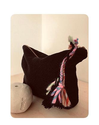 Trousse pompon