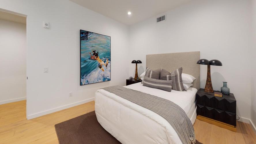 vica-501-bedroom1.jpg