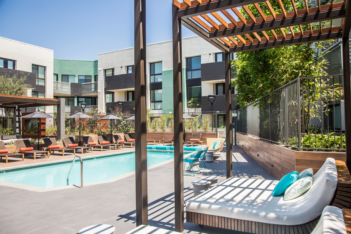 Outdoor swimming pool Access Apartments in Culver City