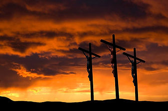 Crucifixion-3-Crosses-58b5ceeb5f9b586046
