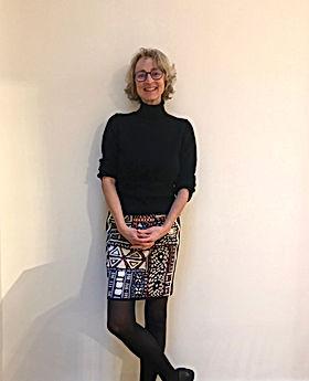 Angelika Rathke - Diplomdesignerin FH FB Innenaritektur. Planung von innenräumen, Wohnungen, Farbgestaltung, Möbelbau. Erstellung von Detailplänen zur Raumgestaltung, Lichtkonzepten und Materialplänen für Zimmer.