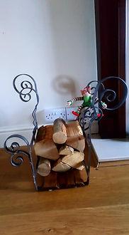 log holder 3.jpg