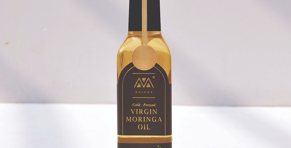 Virgin Moringa oil [A Natural Replacement For Chemically Made Moisturizers]