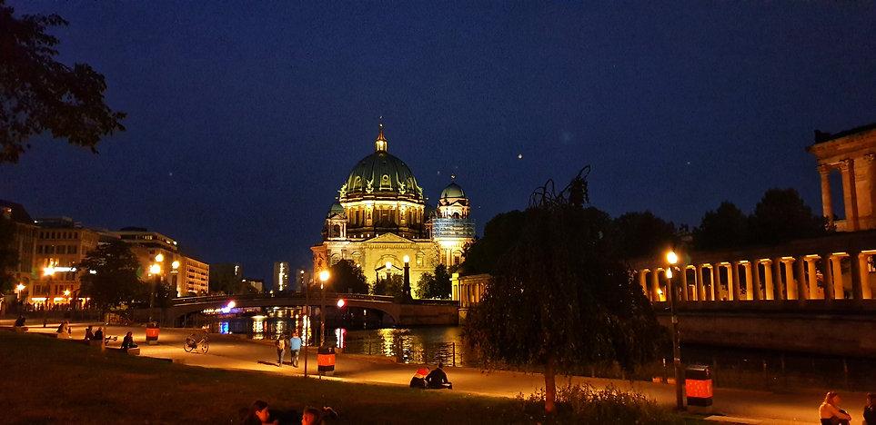 Сквоты Берлина, неформальный Берлин, гра