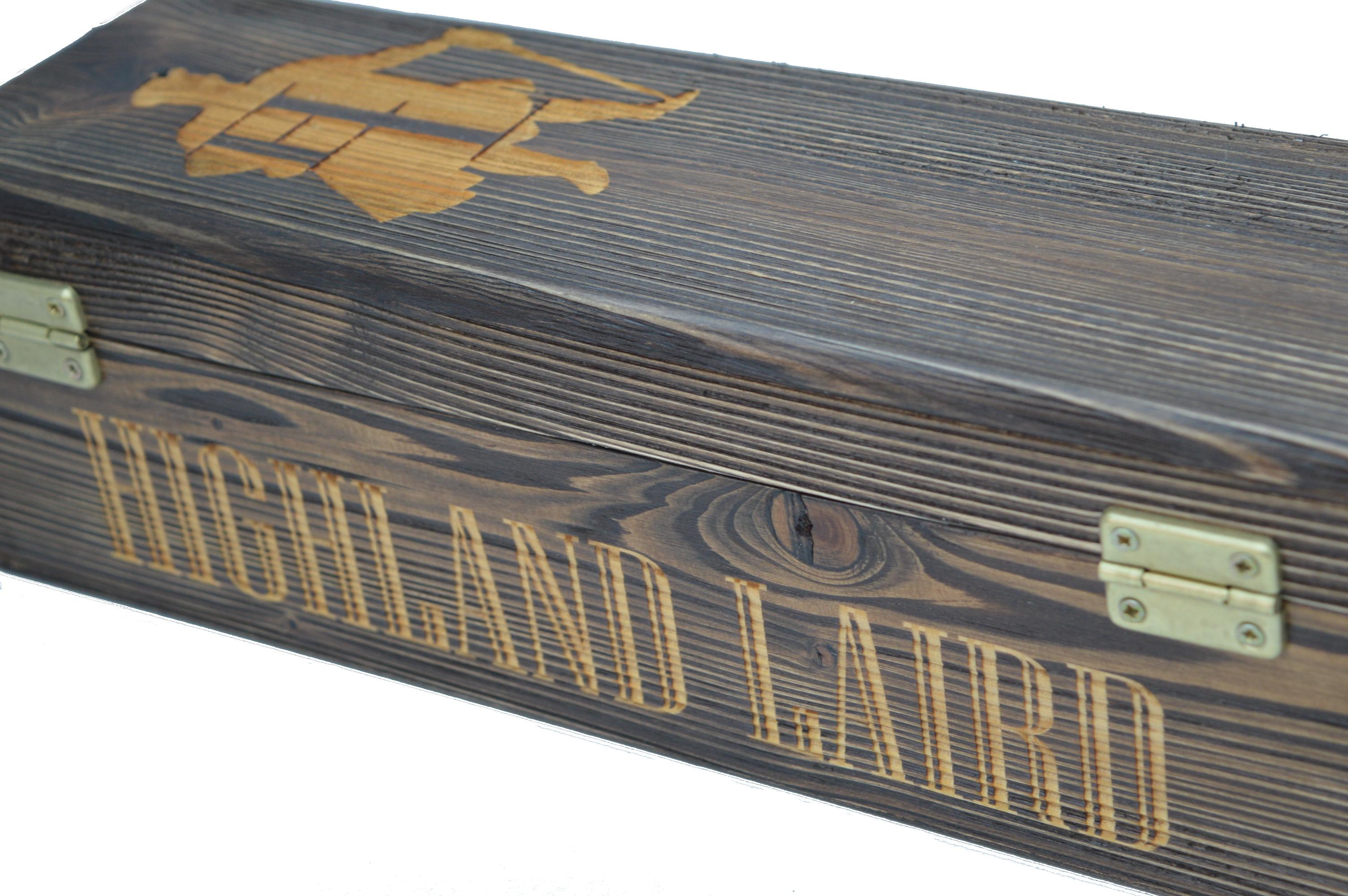 Highland Laird box white background