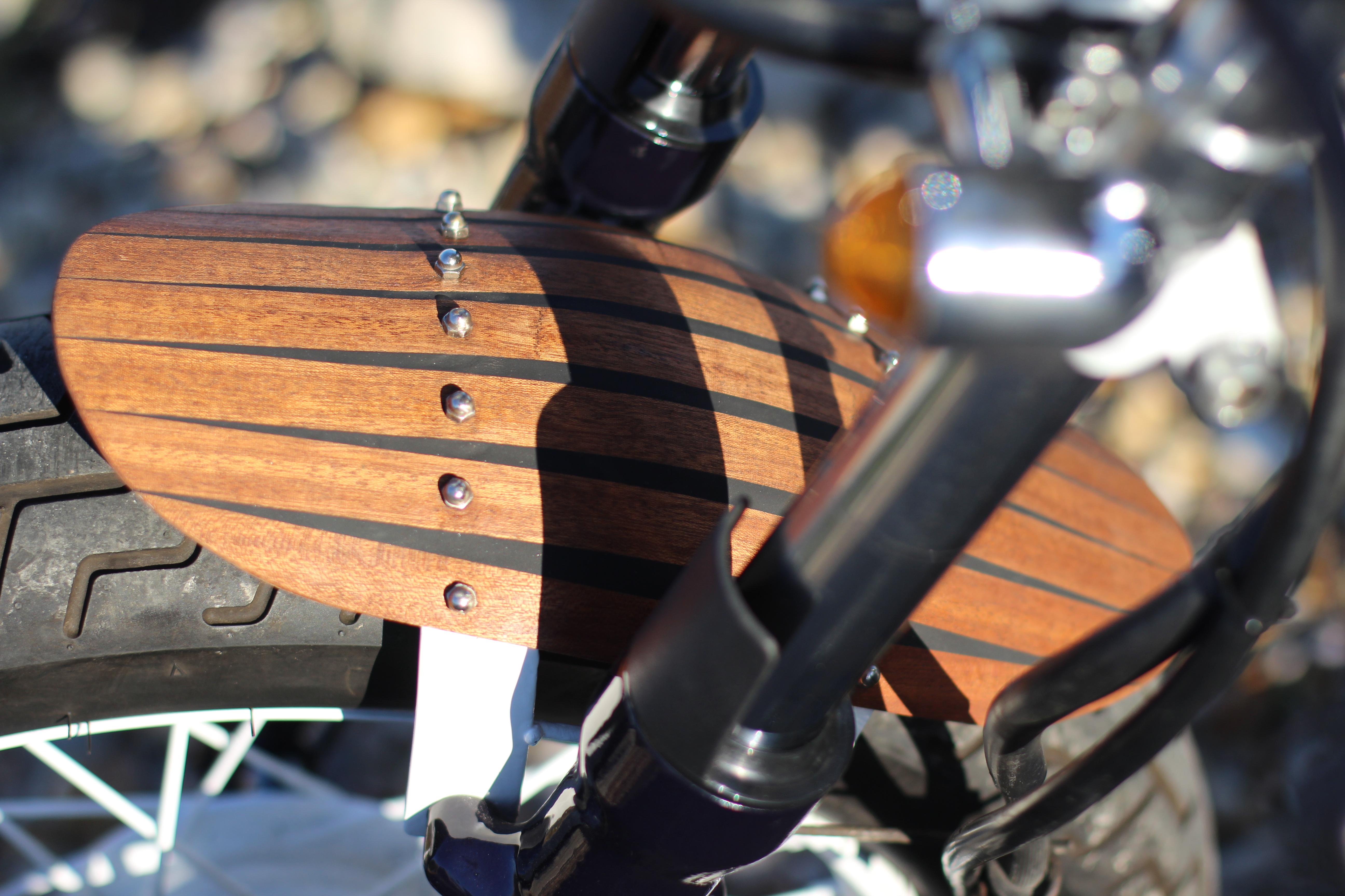 Custom Suzuki GZ125 | front fender
