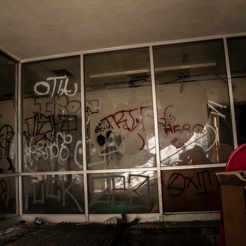 Abandoned Hospital Gardena-15