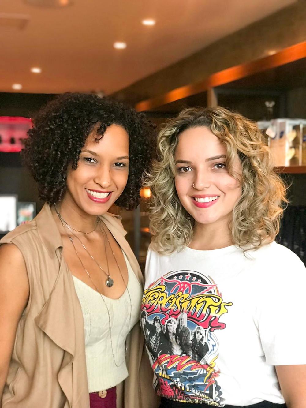 Sheila e Monique Maione comemoram o loiro saudável