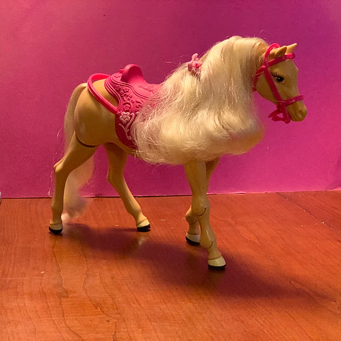 """""""Tawny"""" Animatronic Barbie Horse"""