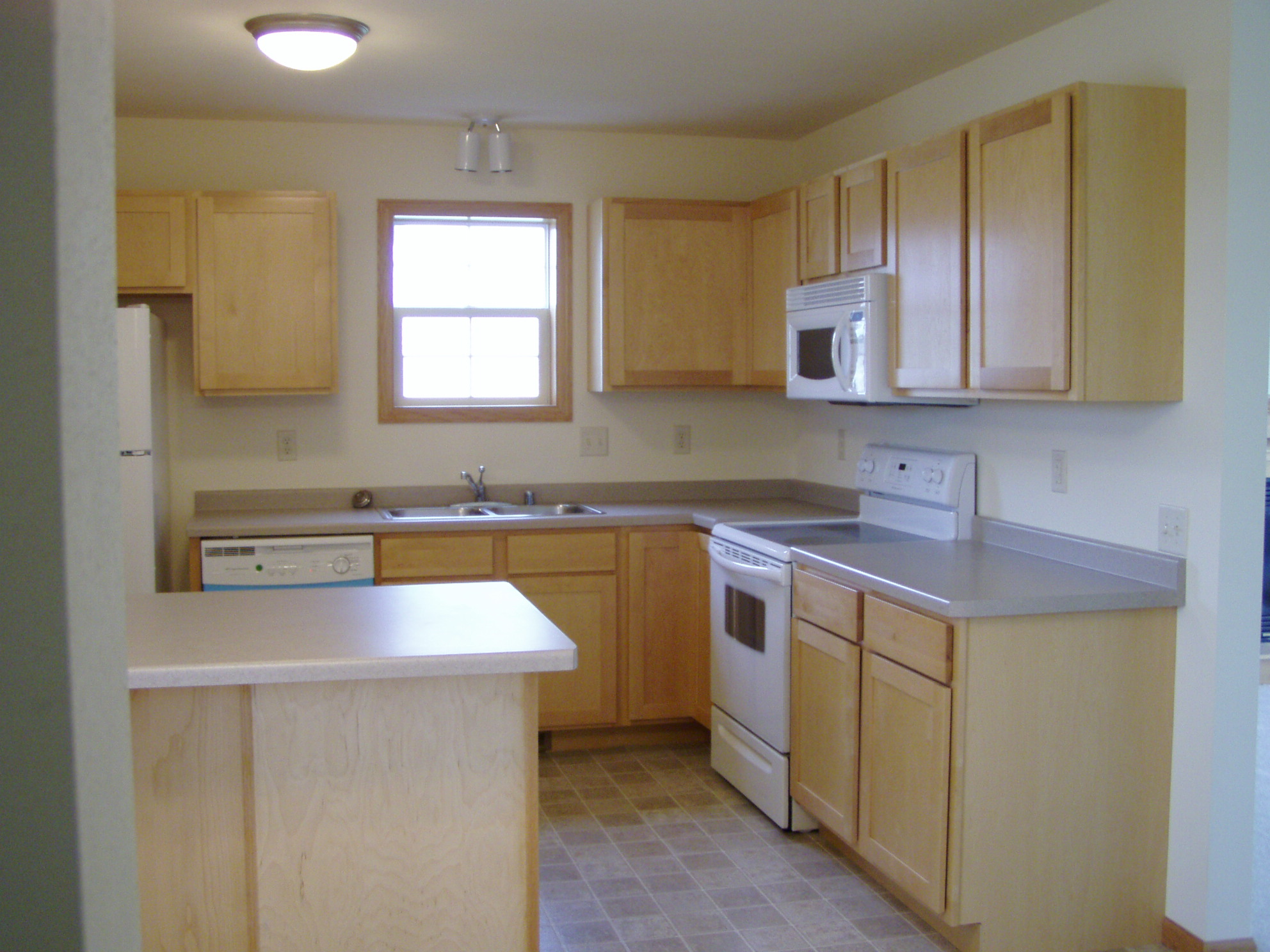 Mt Horeb Duplex Kitchen