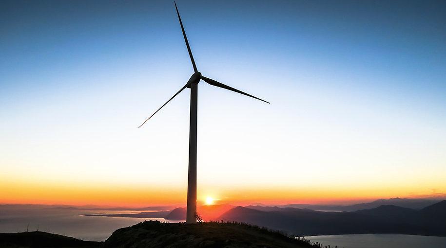 sunset%20below%20Patras%20windmill_edited.jpg