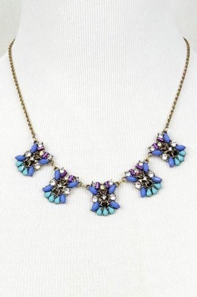Shine blue statement necklace