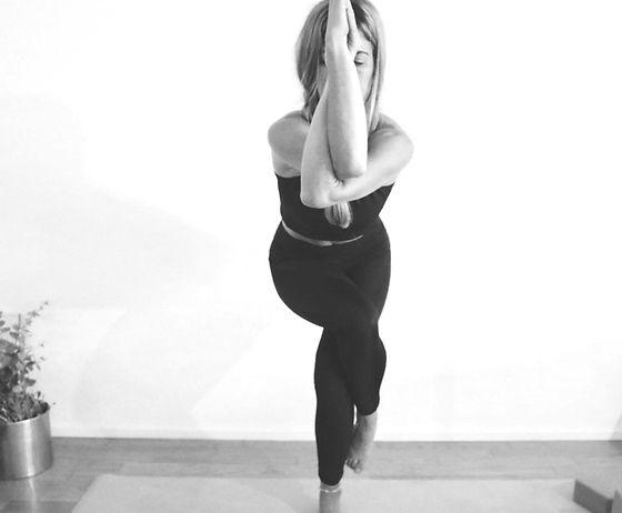 lotus yoga zug.jpg