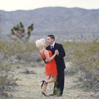 desert engagement pictures