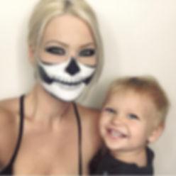 Halloween makeup ideas. Halloween costume ideas. Skull Makeup Skeleton Face