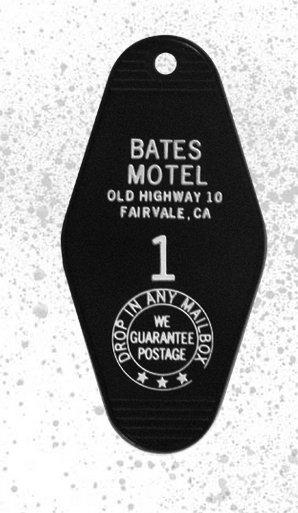 BATES hangar & 3 key chains