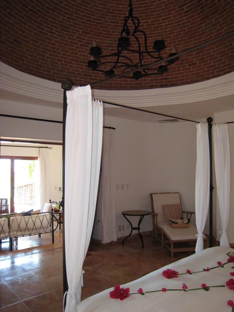 Oceanfront One Bedroom Suite (Sian Nah)