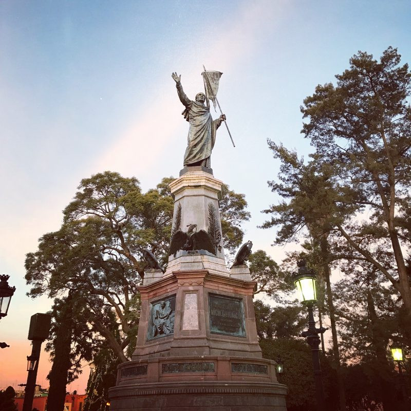 Statue of Don Miguel Hildalgo