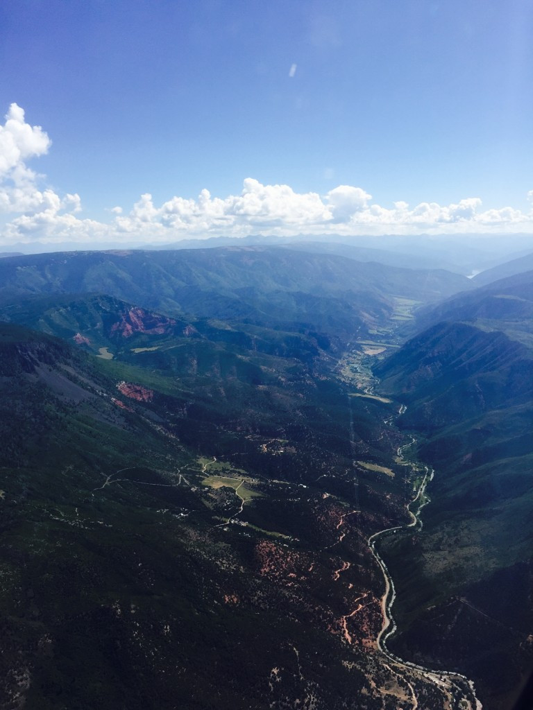 Flight Approach to Aspen