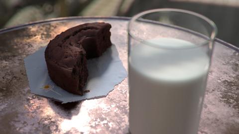 Milk Pause