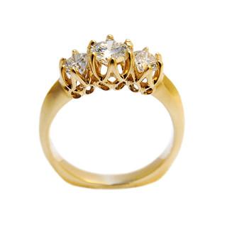 3diamond Gold Ring.jpg