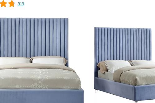 Fuiloro Velvet Upholstered Platform Bed - King size
