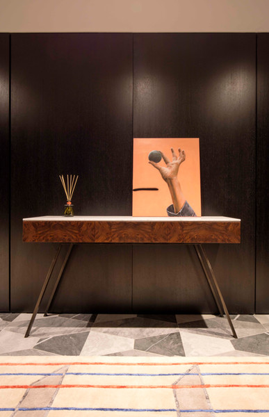 Ivar London - Alfred console table
