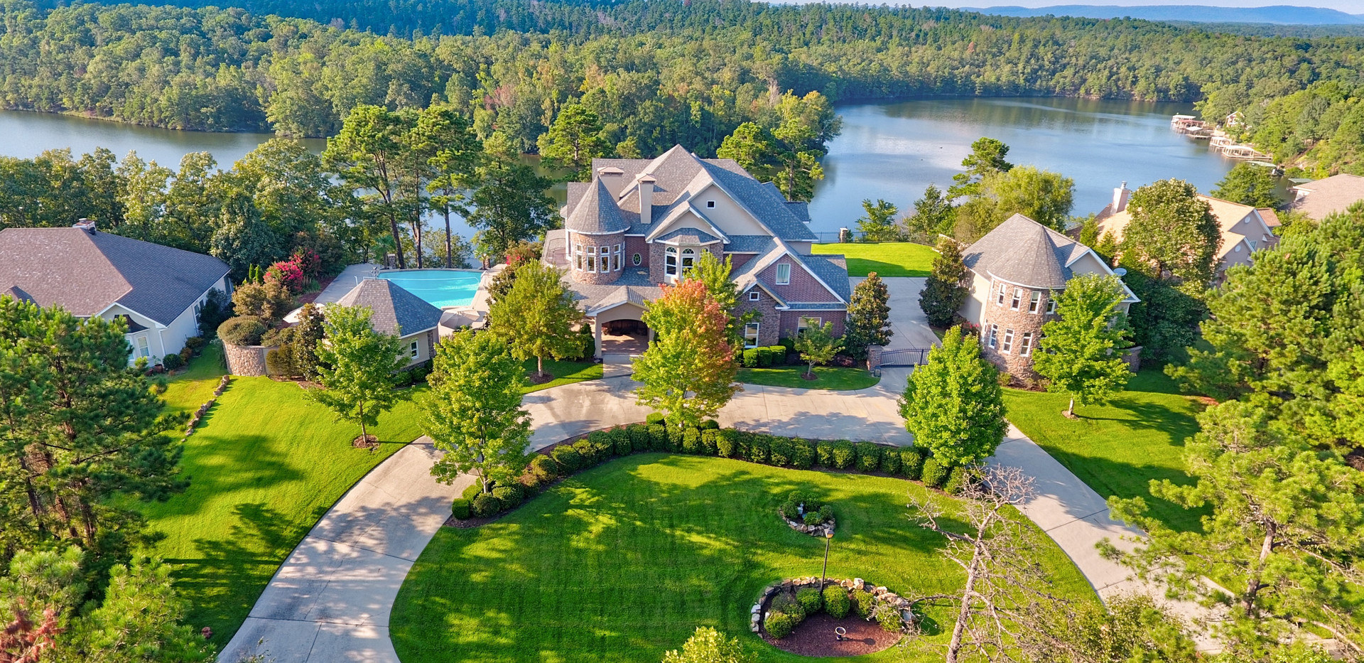 120 Lake Forest Shores Dr.