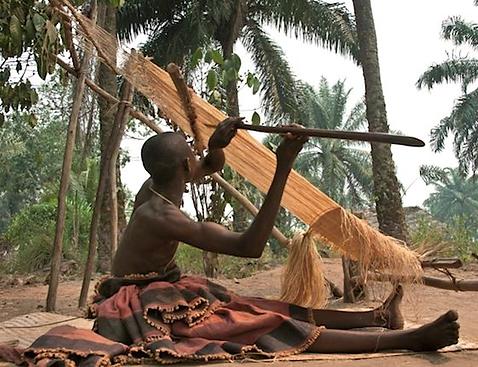 Single heddle loom.png