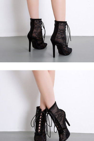 TYJC ENTWINE ANKLE BOOTS