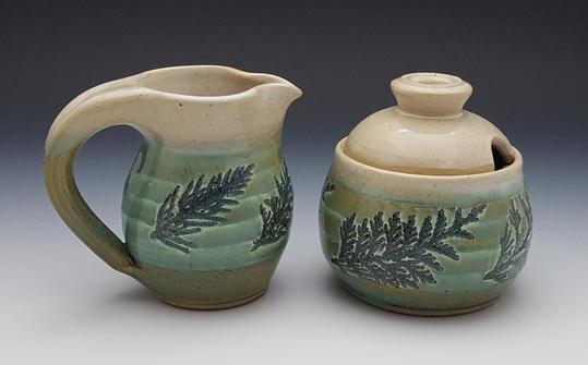 Green Creamer & Sugar Bowl / Honey Pot