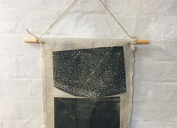 Weathered Rocks Cabin Style Wall Hanging