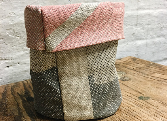 Grey, Sugar Pink and Peach Plant Cover