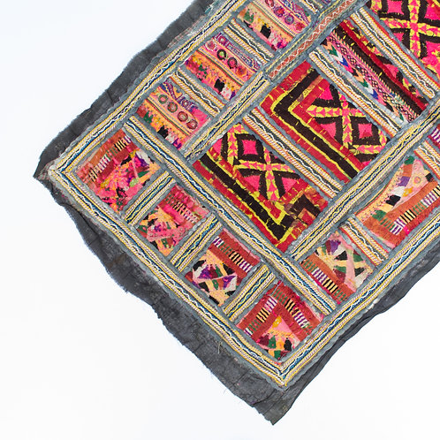 Embroidered Indian Textile | Vintage Patchwork Kantha Scraps